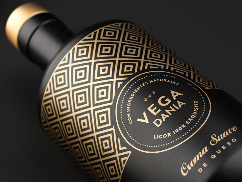 Grow-diseño-packaging-licor-vega-dania-1